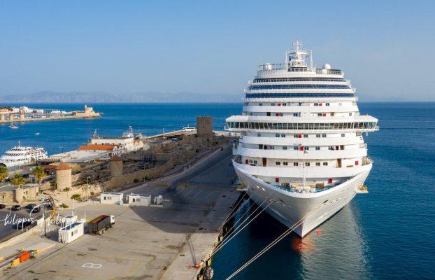 Κατέπλευσε στο Τουριστικό Λιμάνι Ρόδου το κρουαζιερόπλοιο Costa Diadema